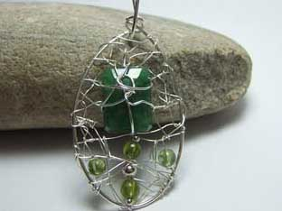 bespoke emerald jewellery