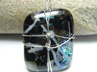 dark dichroic glass