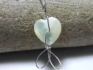 mother ofpearl heart necklace