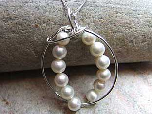 ring of pearls jewellery