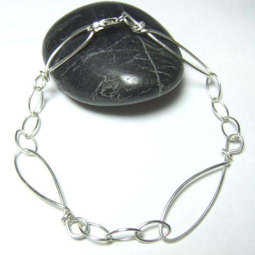 silver bracelets oval links design